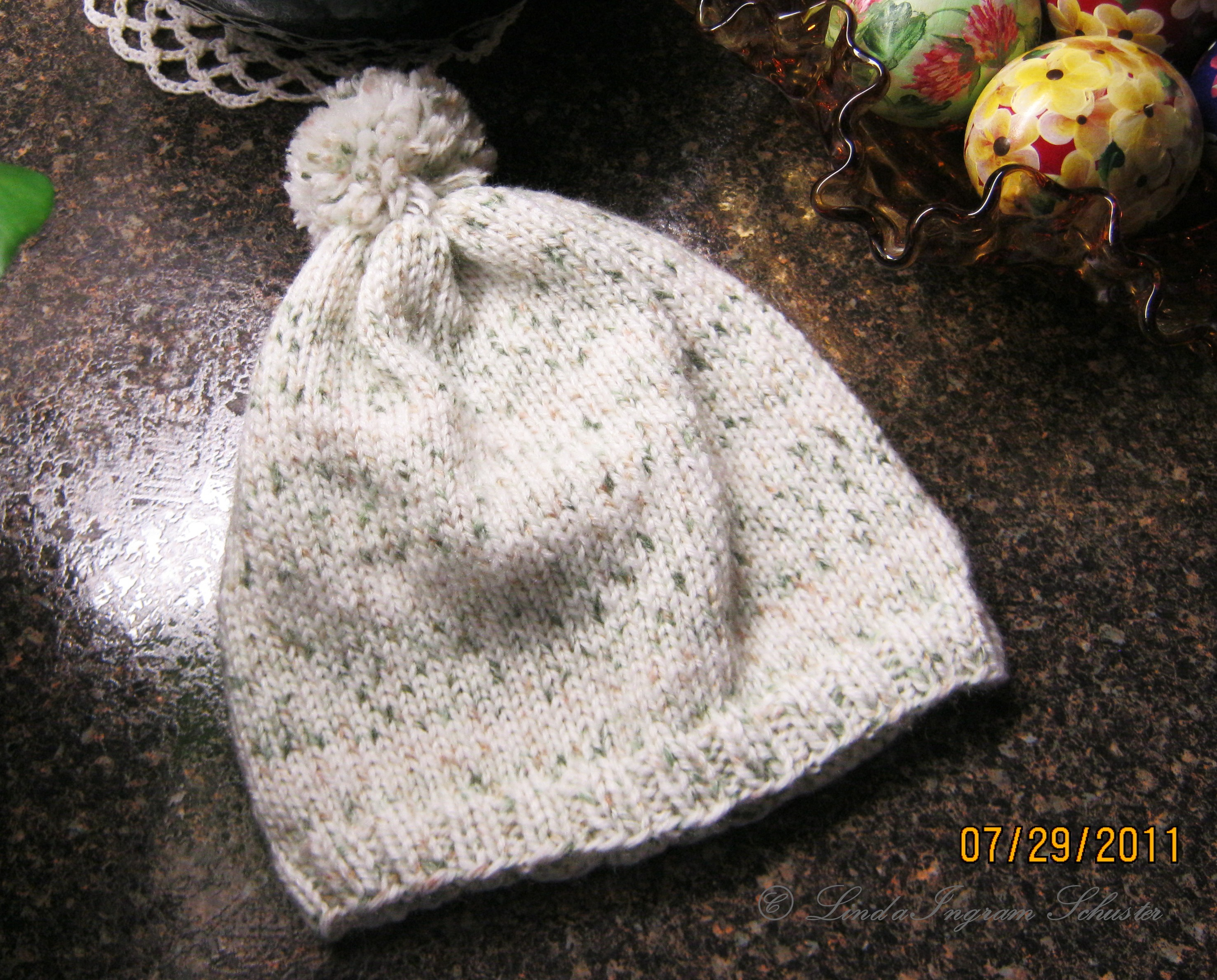 Simple Knit Baby Hat w  Pom Pom  e02135d12bb