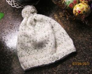Simple Knit Baby Hat w  Pom Pom  5734e6f4c16